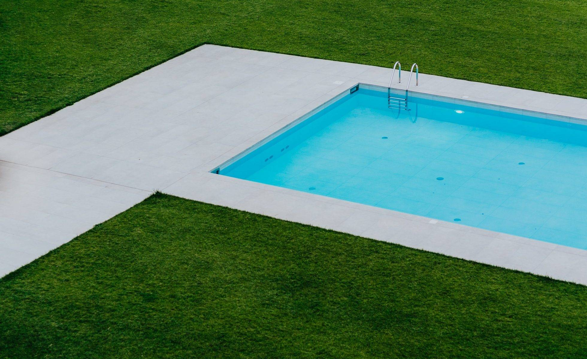Perth Lawn Mowing Service - Swimming Pool